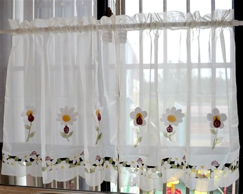 24 inch cafe curtains applique kitchen curtains tiers or valance or swag cafe
