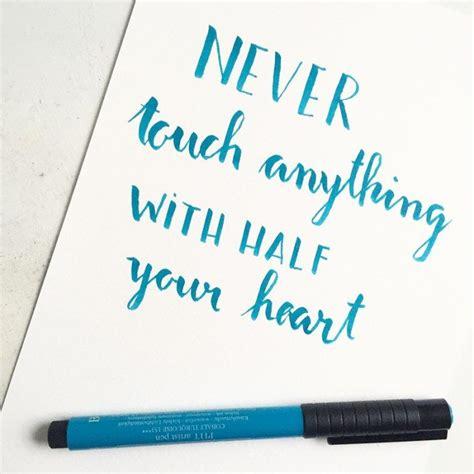 tutorial brush pen lettering 146 besten brush lettering brushmeetspaper bilder auf