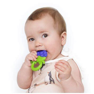 Squishy Strawberry Mainan Anak Squishy Buah Strawberry Tinggi 11 Cm nuby fruity chews teether combo pack gigitan bayi model buah