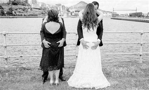 imagenes de novias locas las fotos de boda m 225 s divertidas y locas insp 237 rate en ellas