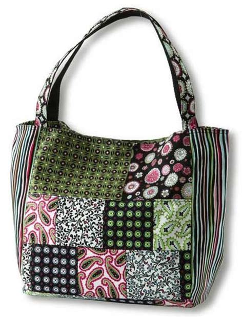 Patchwork Bags - paisley print patchwork bag free sewing pattern