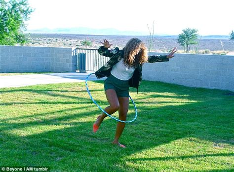 beyonce swing beyonce opens up intimate family album to show blue ivy