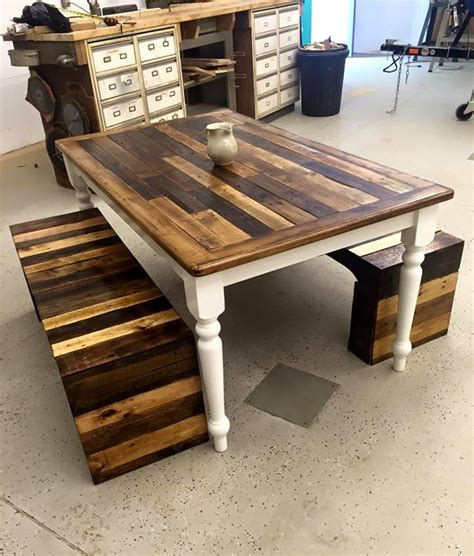 Pallet Wood Dining Table 25 Best Ideas About Pallet Dining Tables On Pinterest Pallet Table Top Pallet Tables And