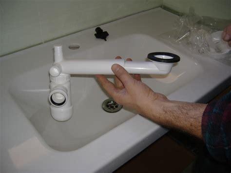 Tubo Scarico Lavandino Diametro by Installazione Guidata Di Un Lavabo In Un Bagno Wc