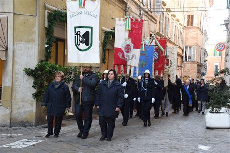 cronache maceratesi delle marche festa della polizia locale i vigili delle marche in