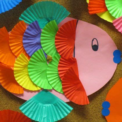 8 Delightful Crafts by 25 Delightful Cupcake Liner Crafts For