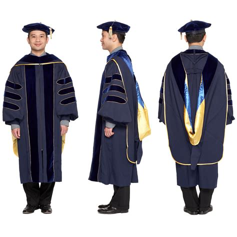 Univerersity Of Washington Mba Regalia by Doctoral Regalia Set For All Uc Cuses Official Design