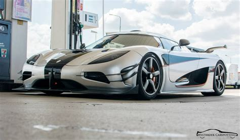 koenigsegg one 1 black koenigsegg one 1 spotted on the road