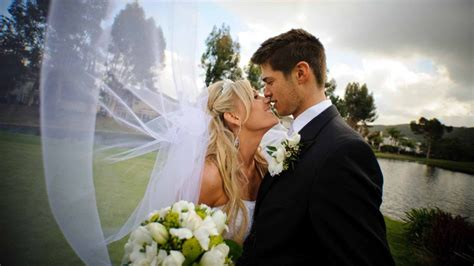 How To Decorate Home Without Spending Money 16 Cheap Budget Wedding Venue Ideas For The Ceremony