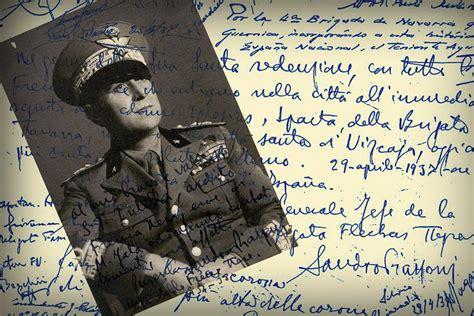 libro gernika 26 de los fascistas que bombardearon gernika firmaron en el libro de honor de la casa de juntas el 29