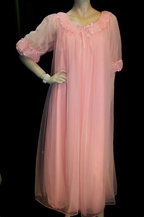 Tosca Tie Set m vintage 60s 2pc tosca peignoir robe nightgown