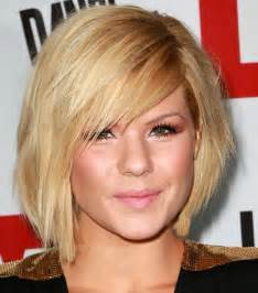 womens hairstyles for thin faces short haircuts for oval faces wardrobelooks com