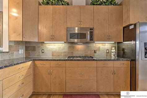New Caledonia Granite Countertops (Pictures, Cost, Pros