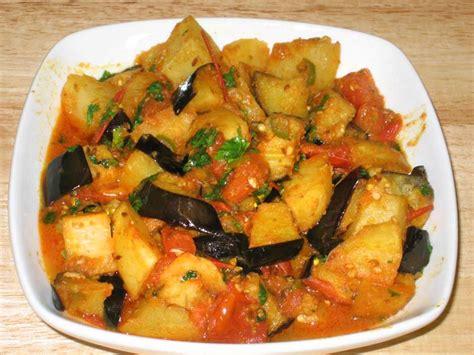 aloo baingan potato and eggplant manjula s kitchen