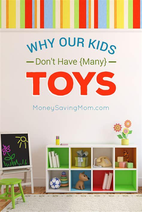 7 Reasons Im Glad I Wasnt An Elizabethan by 5 Reasons I M Glad We Ve Chosen To Not Many Toys