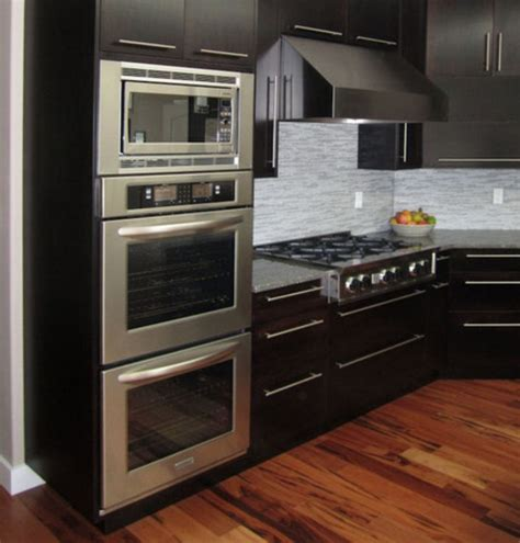 Positioning of wall oven, microwave, stove top