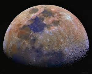 what is the color of the moon anomaluna the weirdness of the moon