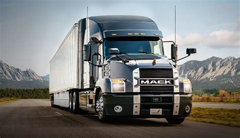 2019 mack truck new 2018 mack anthem makes a semi truck a lot more like a