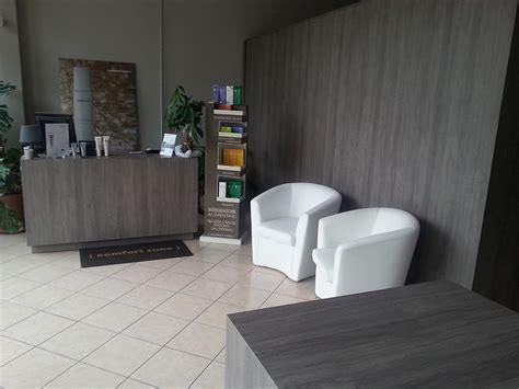 arredamento per centro estetico arredamento centro estetico arredo negozio estetista meda