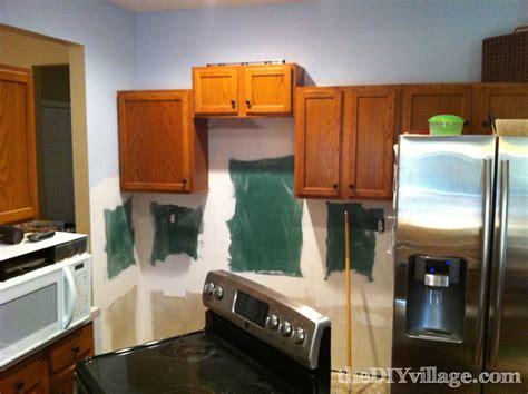 How To Install Kitchen Backsplash Video split face travertine tile backsplash the diy village