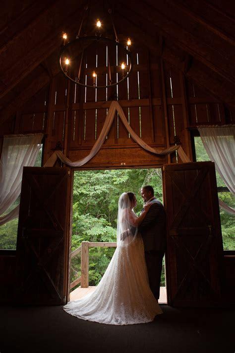 cindy matthew s rustic outdoor wedding missouri rustic