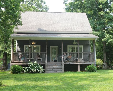 Cabins Nashville Tn by Historic Log Cabins To Modern Homes Stay Near Nashville