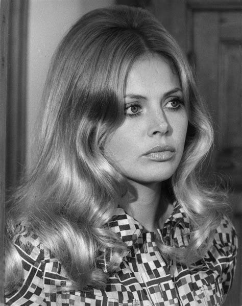 britt ekland long layered hairstyles swedish 24 femmes per second page 3