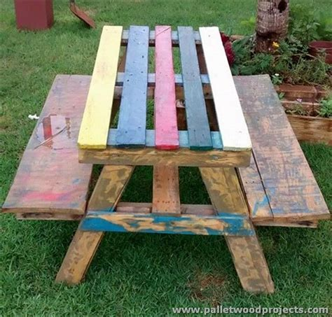 pallet picnic bench pallet picnic table and benches pallet wood projects