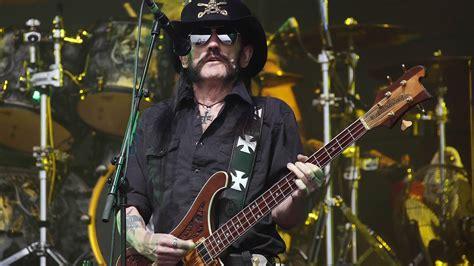 lemmy motorhead lemmy kilmister motorhead frontman dies at 70