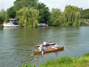 River Thames Kayak Licence | kayak and canoe river thames 169 robin webster cc by sa 2 0