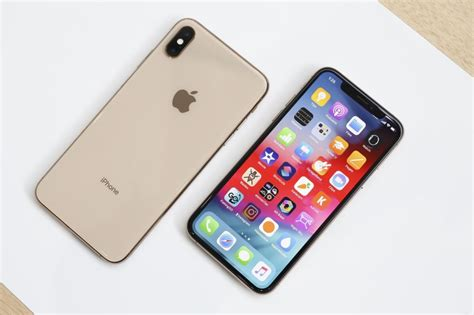 iphone xs and xs max on the new normal