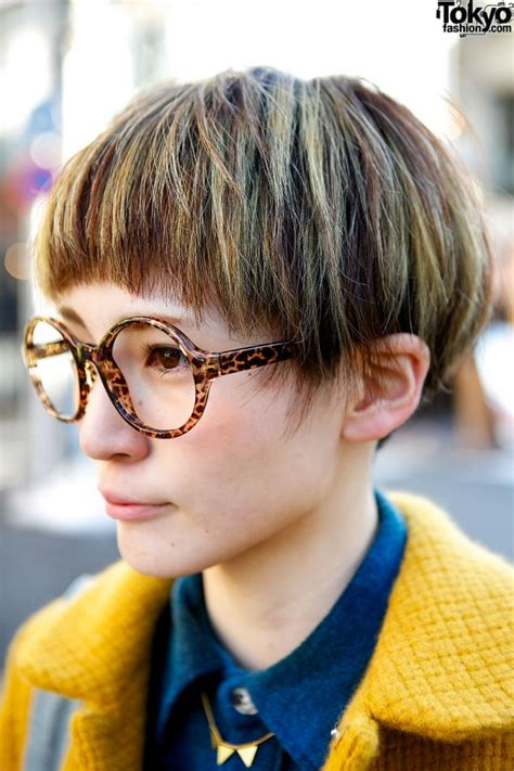 hairstyles with glasses 2013 cute pixie cut round glasses didizizi mustard coat in