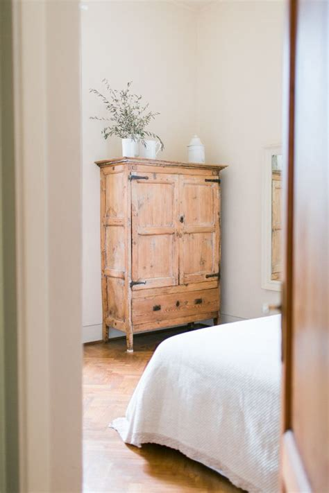 natural wood bedroom furniture best 25 natural wood furniture ideas on pinterest book