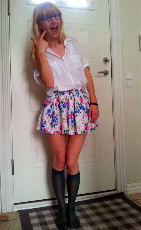 ida h spao shirt h m flower skirt h m knee socks