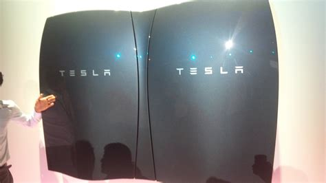 Tesla Battery Power Tesla Unveils A Battery To Power Your Home Completely