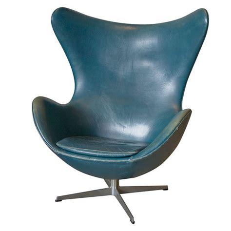 Arne Jacobsen Egg Chair Original vintage arne jacobsen egg chair in original bluish leather