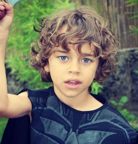 Hairstyles For Curly Hair For School Boys by Best 25 Cool Boys Haircuts Ideas On Trendy