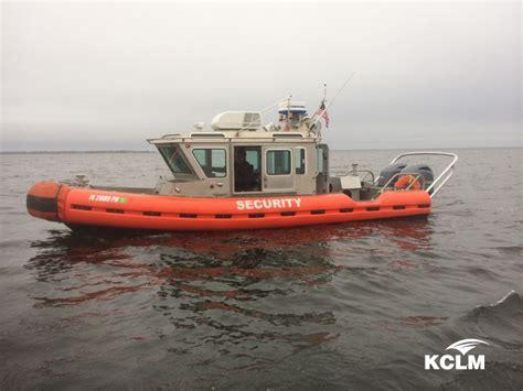 inflatable boats safe 2007 safe boat 25 defender