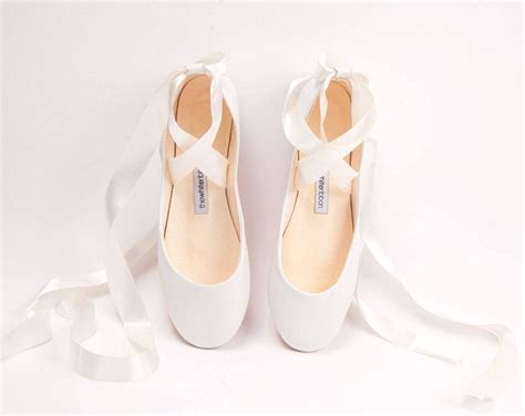 Flatshoes Ribbon Ss0026 the wedding ballet flats with ribbons in light ivory flat shoes for brides the wedding shoes