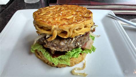 l innovante recette du ramen burger enfin d 233 voil 233 e