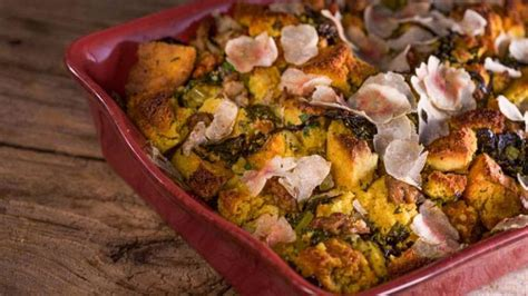 Traditional Thanksgiving Cornbread Stuffing Recipe