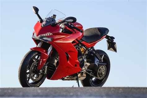 Motorrad Supersportler Kilometer by Ducati Supersport Und Supersport S Landstra 223 En Und