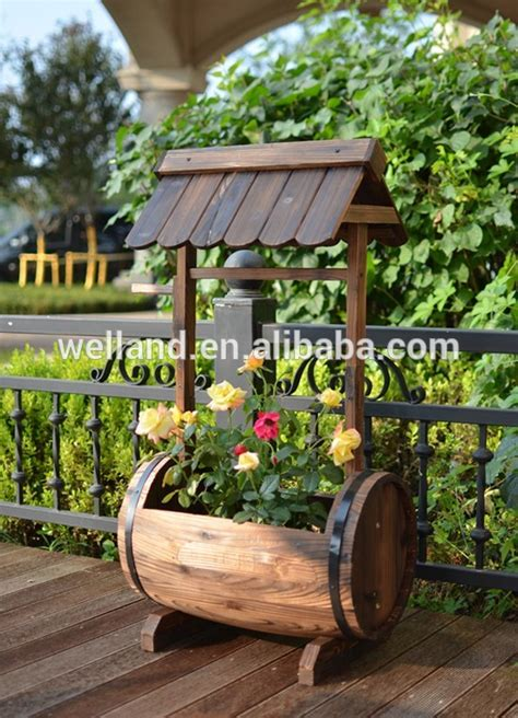 Wooden Herb Wheel Planter by Garden Flower Planters Antique Wooden Wagons Freely Wheel