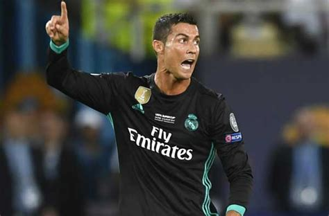ronaldo juventus introduction who is the greatest football player of all time fearless motivation