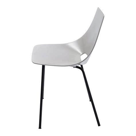 chaise tonneau chaise tonneau gris clair guariche amsterdam maisons du