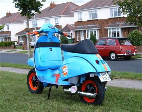 Vespa Modif Racing Look by Modern Vespa Style Streetfighter Px 200 Completed