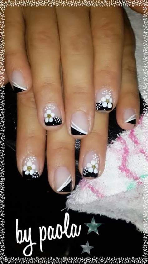 imagenes de uñas decoradas y pintadas m 225 s de 1000 ideas sobre dise 241 os de u 241 as pinceladas en