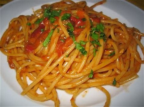 cucinare i ricci di mare spaghetti al riccio di mare cosa cucino oggi ricette di
