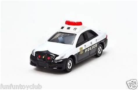 Tomica 110 Toyota Crown Patrol Car tomy tomica no 110 toyota crown patrol car car