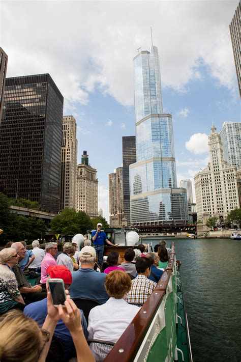 trump tower boat dock chicago first lady tour see chicago by boat